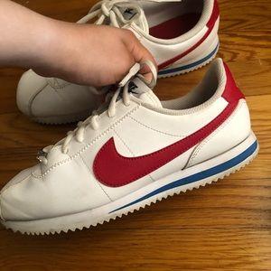 Nike Shoes - Nike Cortez Royal